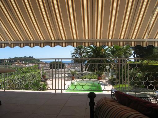 store de terrasse par PROFERM 06 à Nice
