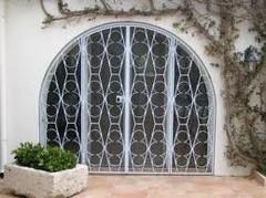 grille extensible métallique de sécurité pour maison à Nice PROFERM 06